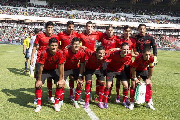 La selección mexicana tuvo un encuentro discreto pero logró una victoria...