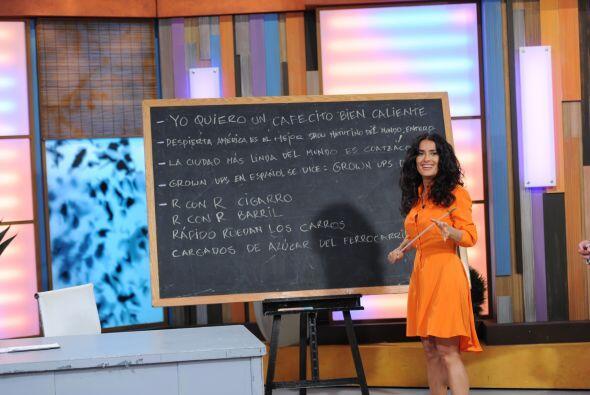 ¿Quién no quisiera aprender español con esta maestra?
