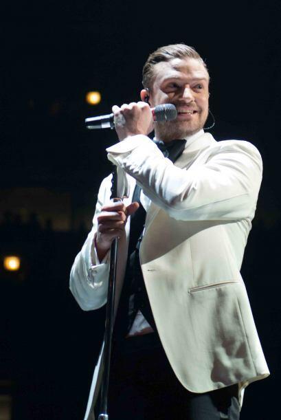 Durante un concierto en Seattle, Justin Timberlake mostró su apoy...