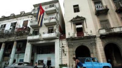 Cuba permitirá la creación de cooperativas privadas de servicios profesi...