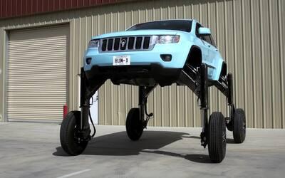 En Video: ¡Adiós tráfico! este Jeep tiene la solución