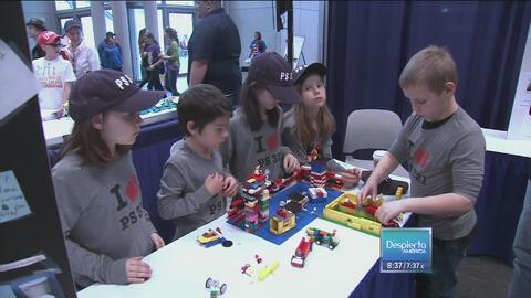 Niños aprenden de ciencia y tecnología con Lego