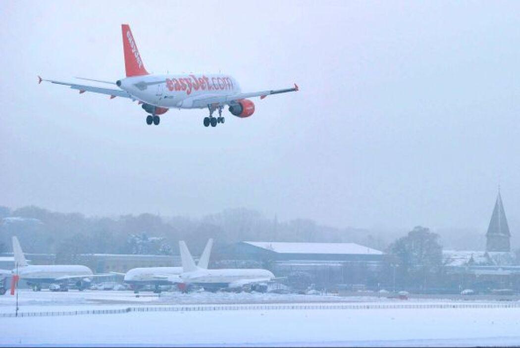 La nieve provocó además el cierre de casi 2.000 colegios en todo el Rein...