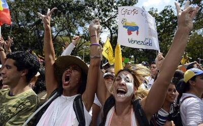 Violentas protestas estudiantiles en Venezuela