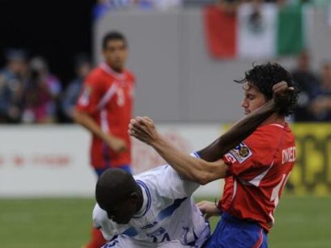 Costa Rica y Honduras protagonizaron un duelo digno de Cuartos de Final...
