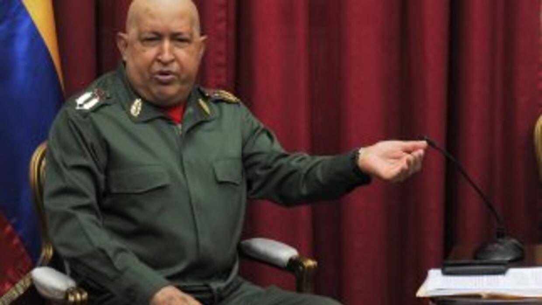 El presidente Hugo Chávez criticó la expulsión de la cónsul venezolana L...