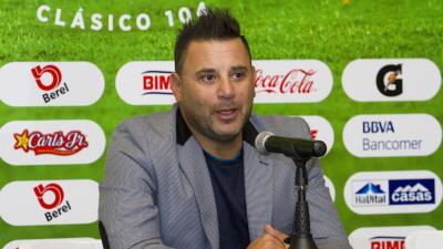 Antonio Mohamed.