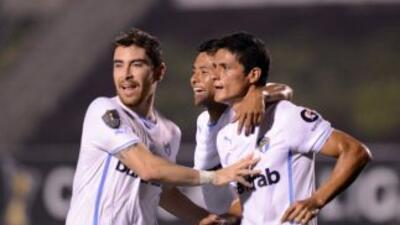 Comunicaciones ganó 2-1 el juego de ida de los cuartos de final al Suchi...