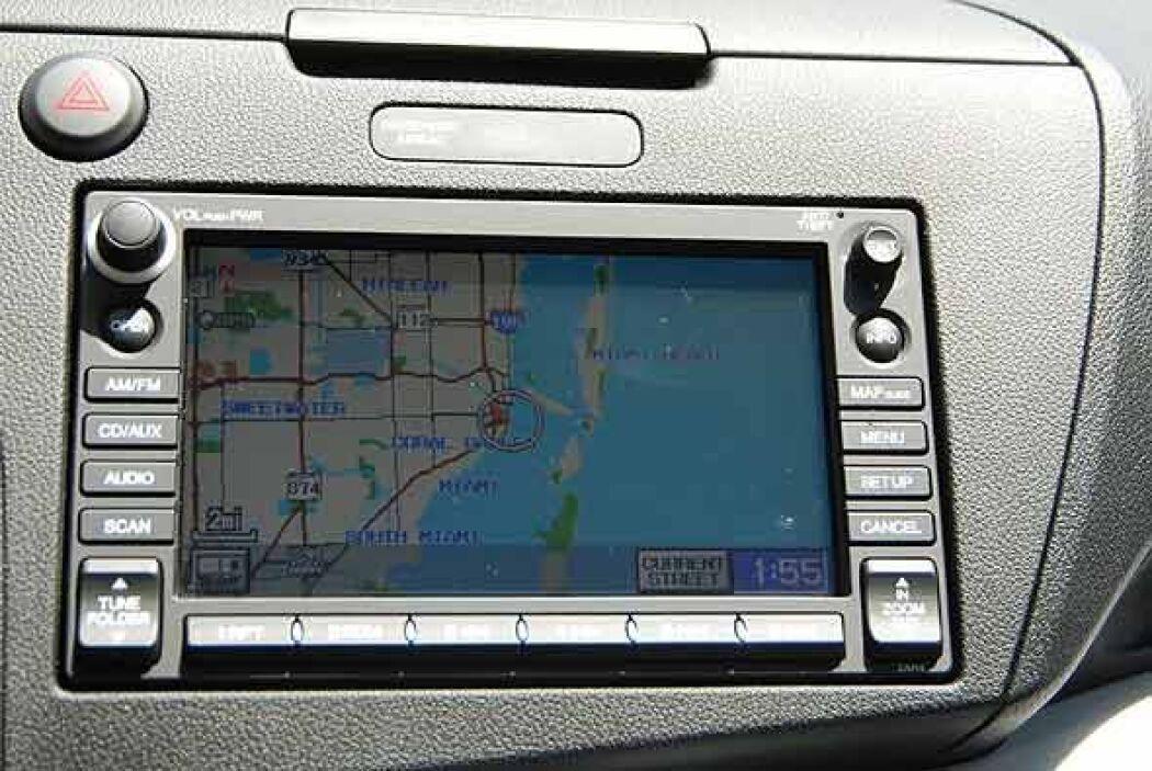 La versión CR-Z EX NAVI cuenta con sistema GPS como agregado.