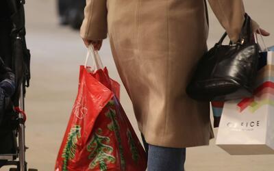 Identifique si usted es un comprador compulsivo y busque ayuda en caso d...