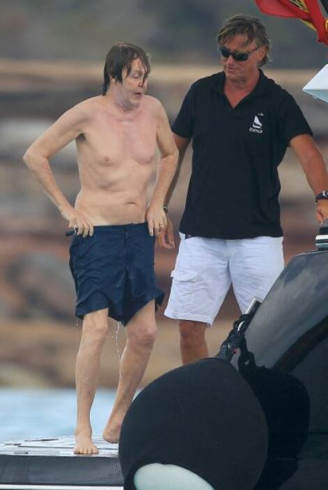 Paul McCartney también viajó a España.
