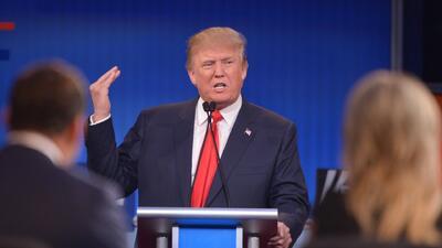 Polémicos comentarios de Trump lo dejan fuera de evento conservador