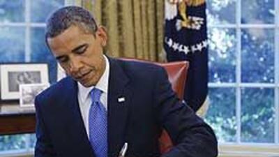 Obama promulgó la ley que extiende los subsidios de desempleo 24860cfcde...