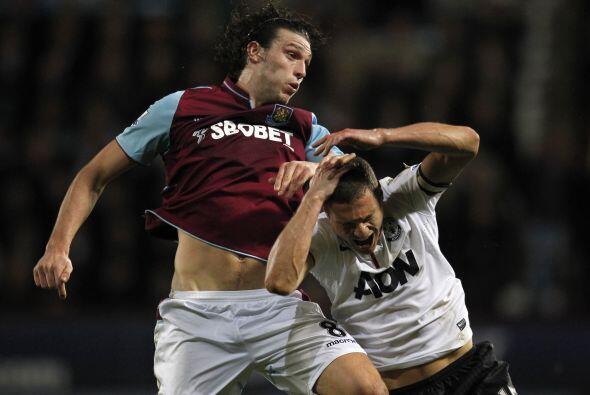 El Man-United se lanzó al ataque con el objetivo de rescatar unid...