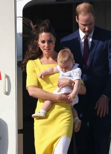 El hijo del príncipe de Inglaterra William y su esposa Kate, ya a...