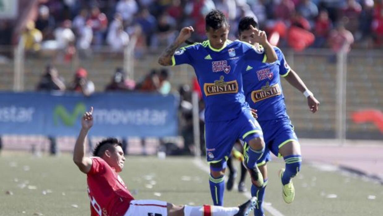 Peruanos definirán en el partido de vuelta al campeón de Perú en el encu...