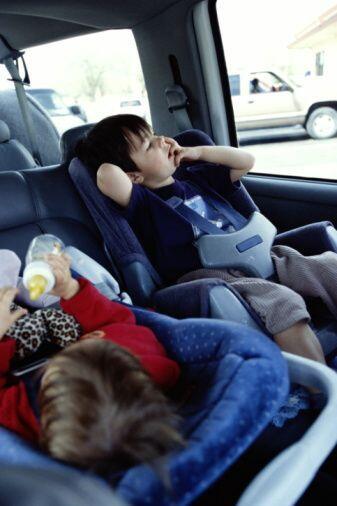Síntomas- Aunque los síntomas varían, todos afectan la habilidad de comu...