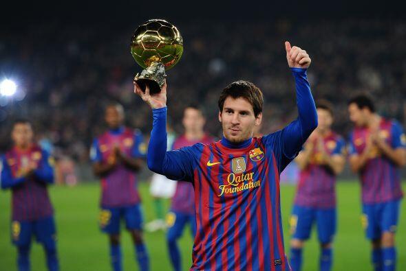 Pero no fue la única dedicatoria de estos cracks. Lionel Messi le llevó...