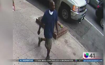 Buscan a responsable de robo a tienda de revistas en Manhattan