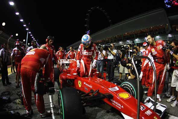 Alonso entró confiado a su Ferrari, con la seguridad de que iba a...
