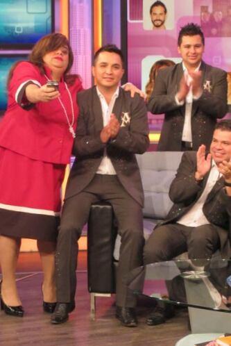 """""""El ruido de tus zapatos"""", escrito por Espinoza Paz, es el primer sencil..."""
