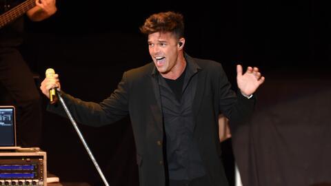 Retrojueves, corría el año 2010 y Ricky Martin sorprendía al mundo confe...