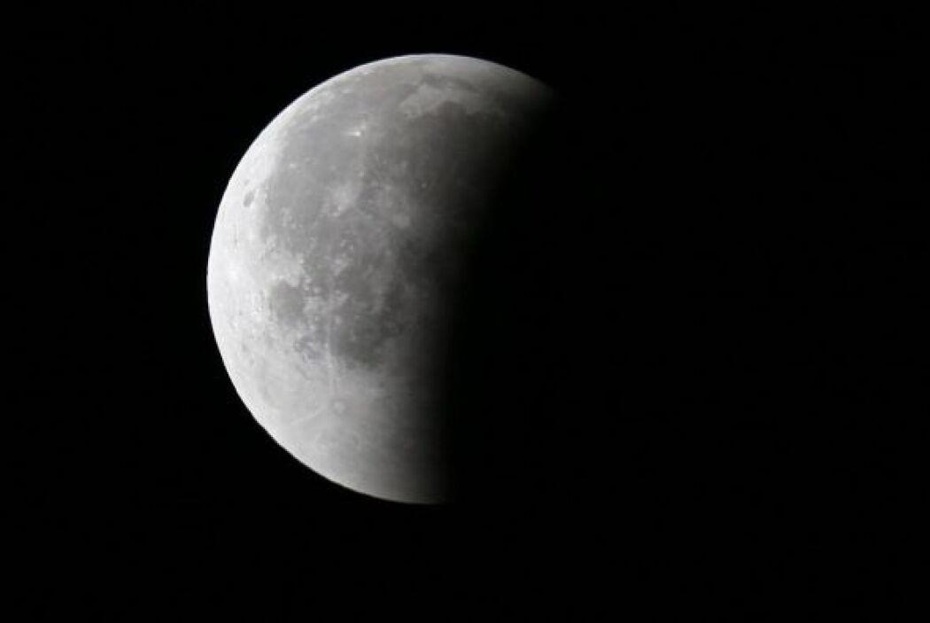 Así se vio la luna en Miami, Florida.
