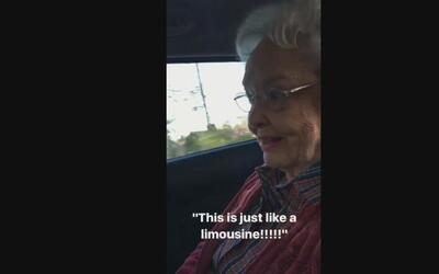 """Dos abuelos toman un Uber por primera vez: """"Es como tener tu propia limo..."""