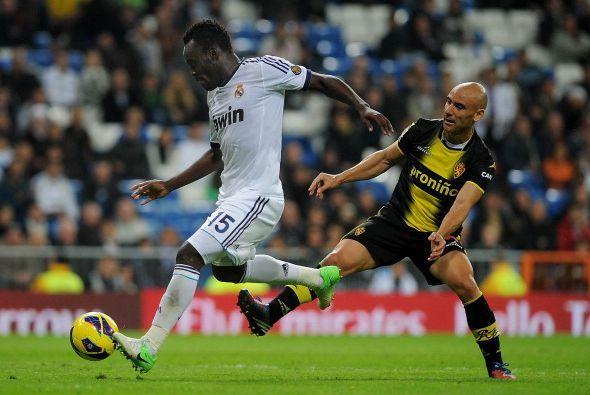 De la mano de Essien, el Real Madrid despertó sobre el final.