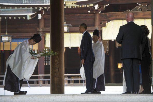 Imagen de Obama en el templo de Meiji.