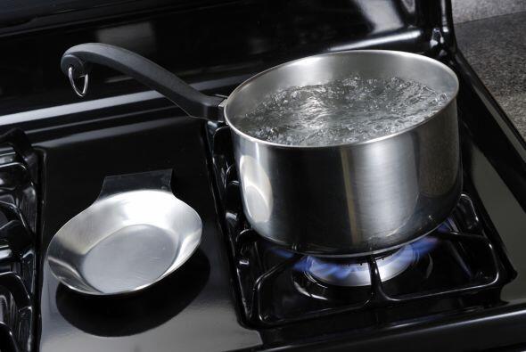 Retire la calabaza del horno y dejar enfriar durante 5 o 10 minutos. Dej...