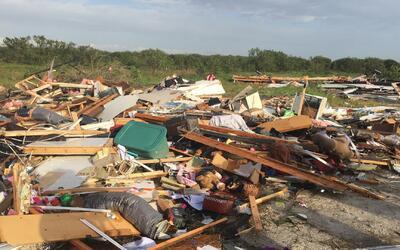 Tornados en Florida causan varios daños