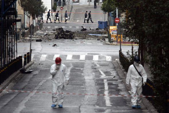 La explosión se produce el mismo día en que Grecia tiene p...
