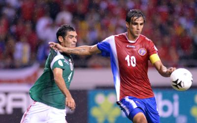 Rafael Márquez y Bryan Ruiz, México vs Costa Rica