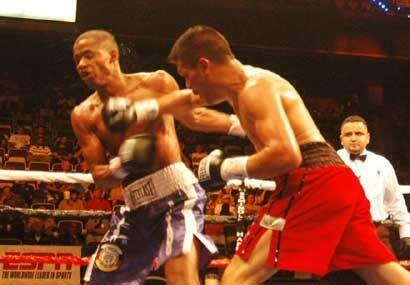 Pese a la derrota Julio Díaz conectó buenos golpes, aunque menos que su...