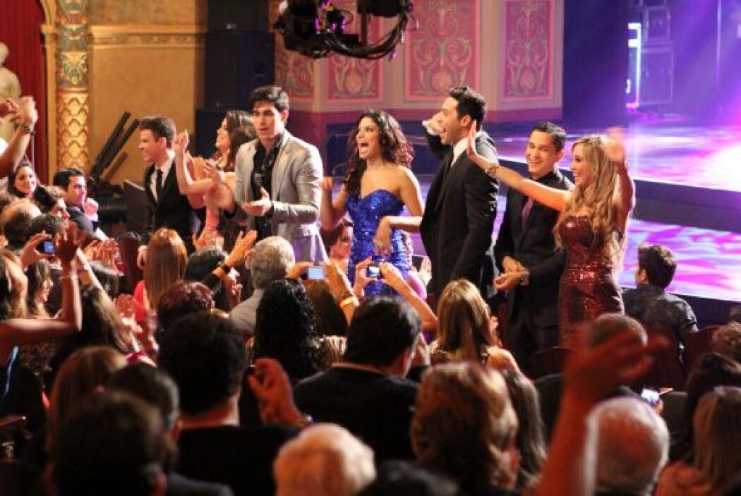 En el baile interactuaron con el público.