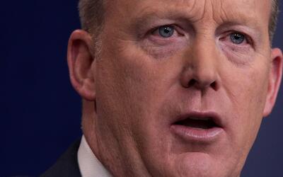 En un minuto: Sean Spicer afirmó que el fin de DACA no está entre las pr...