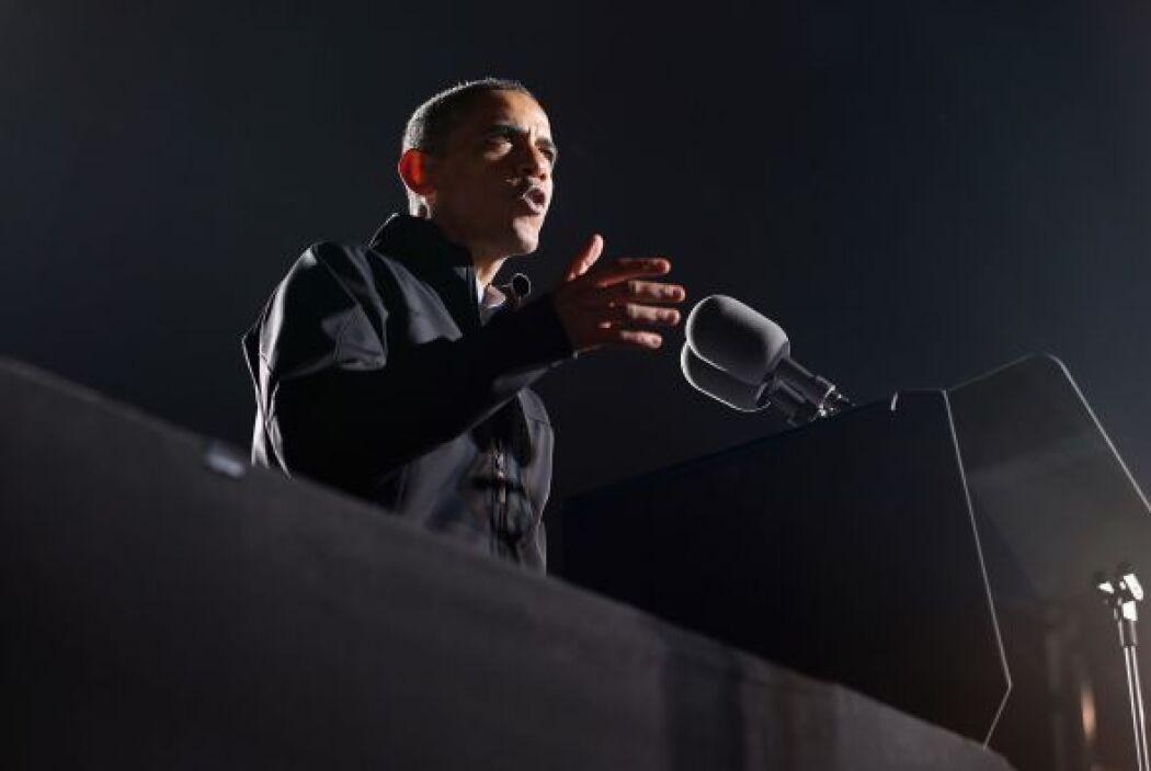Hoy en el día de la elección, Obama intentó relajarse junto a su familia...