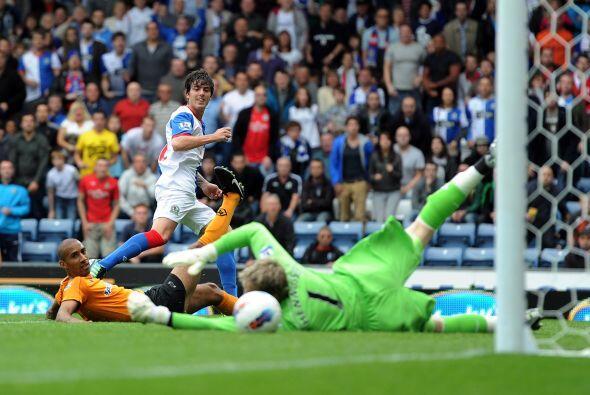 El gol del Blackburn lo convirtió el argentino Mauro Fórmi...