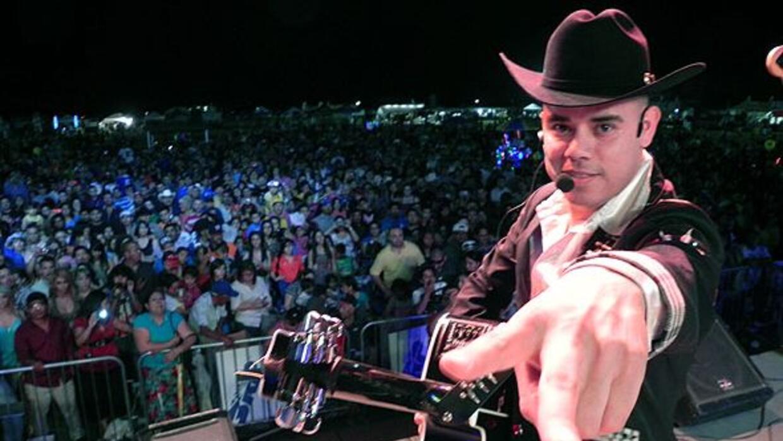 ARCHIVO: Los Cuates de Sinaloa durante presentación en Phoenix.