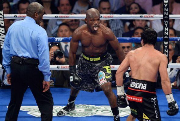 En el último round Bradley retó a Márquez.