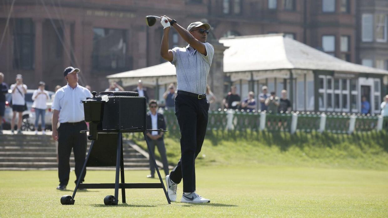 El 'swing' de Obama saca aplausos en Escocia