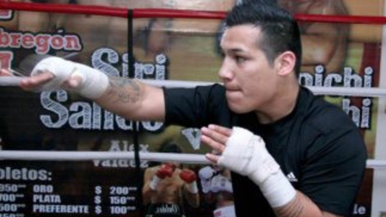 'Tyson' se prepara para enfrentar al filipino Diale (Foto: Facebook)
