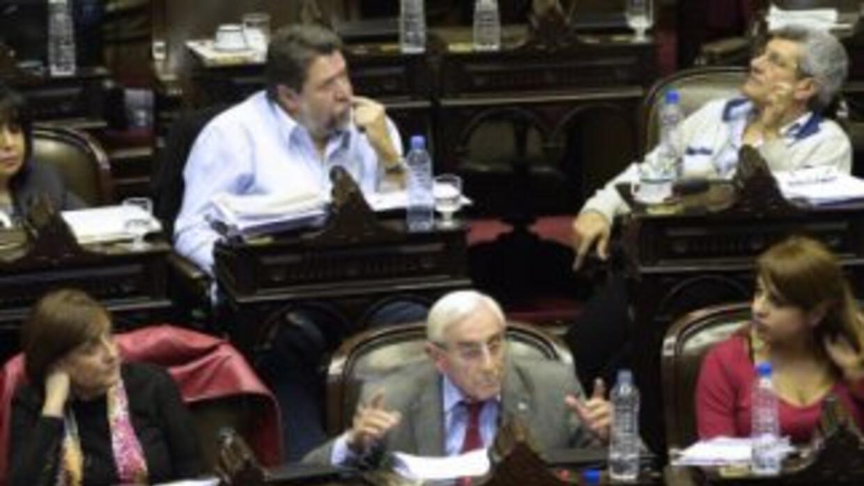 El oficialismo logró aprobar el jueves la nueva ley de abastecimiento qu...