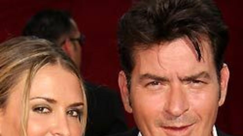 Charlie Sheen debe ir a corte por abuso doméstico 0925db09db984ddda44ed1...