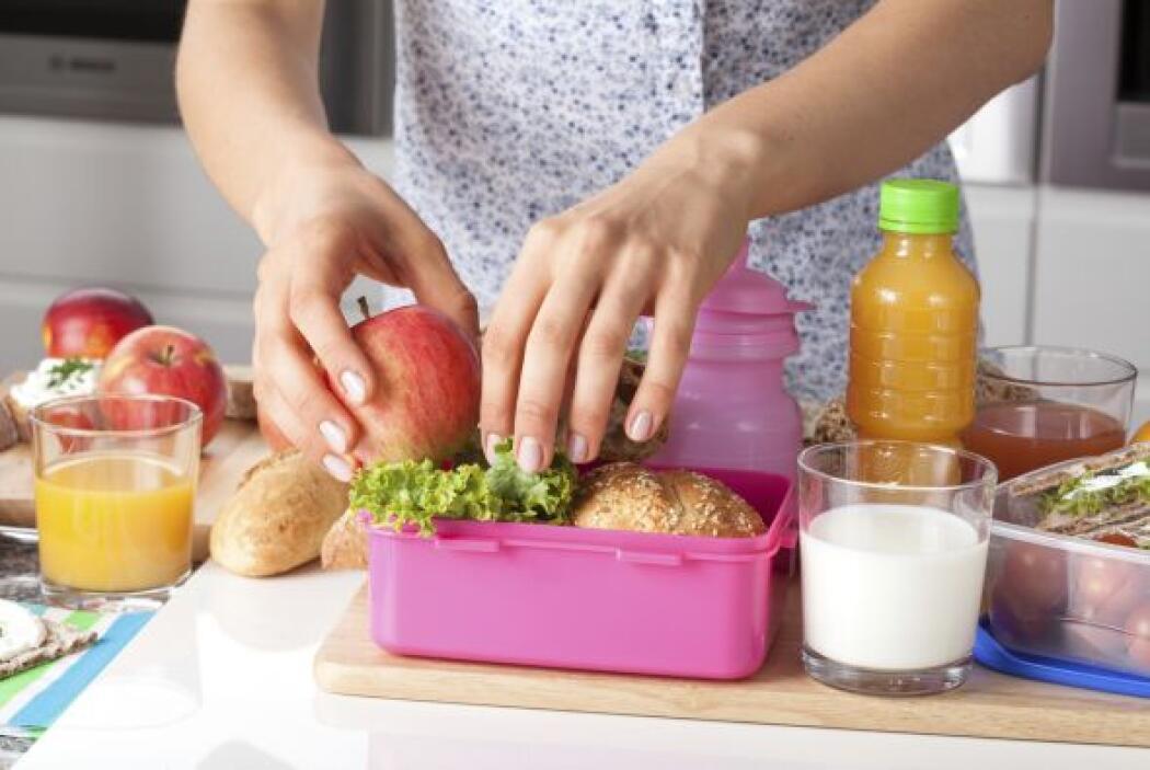 PREPARA ALMUERZOS SALUDABLES - Cambia el pan blanco por pan integral, in...