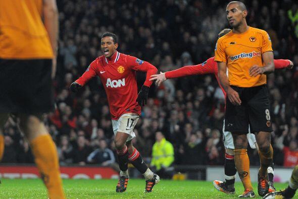 Dos de sus goles le dieron la victoria al United, por 4-1 ante el Wolver...