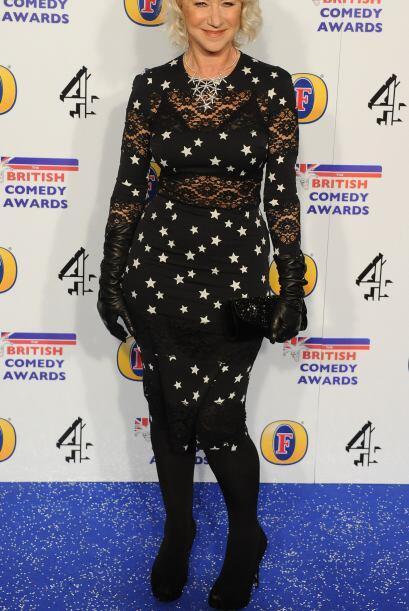 Hay veces que Helen Mirren brilla con sus 'looks' y otras que de plano q...