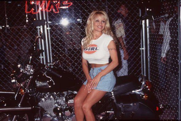 Pamela fue C.J. Parker hasta 1997 y gracias a esto se convirtió...