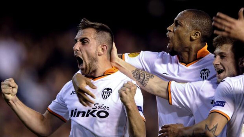 Alcácer no deja de marcar goles con los 'Naranjeros'.